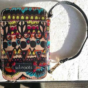 SakRoots Smartphone Wristlet Wallet
